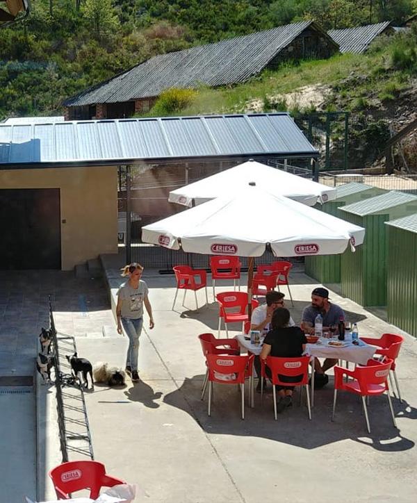 Terraza - Patio La Antigua Escuela del Bierzo