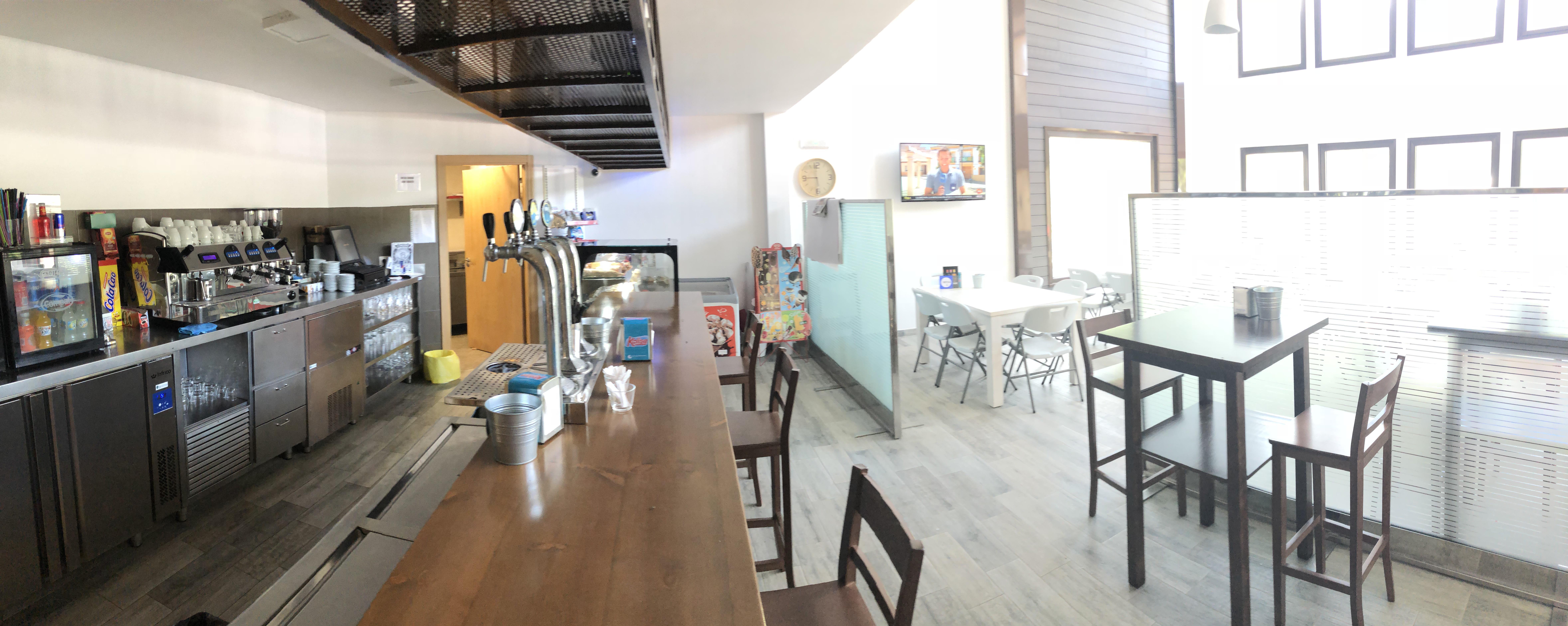 Bar Cafetería La Antigua Escuela