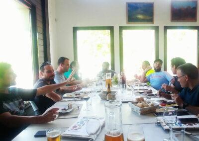 Comida de amigos - Restaurante Antigua Escuela del Bierzo