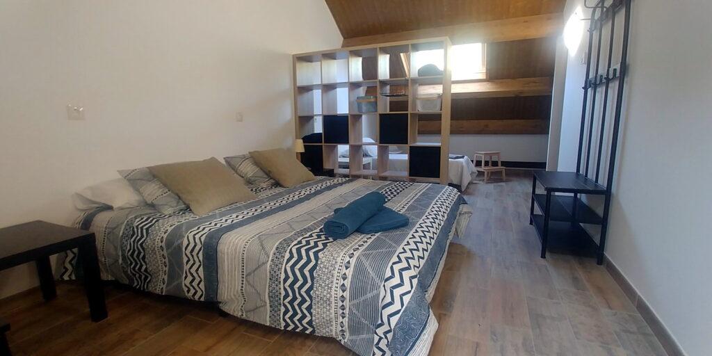 Antigua Escuela del Bierzo | habitación suite grande familiar
