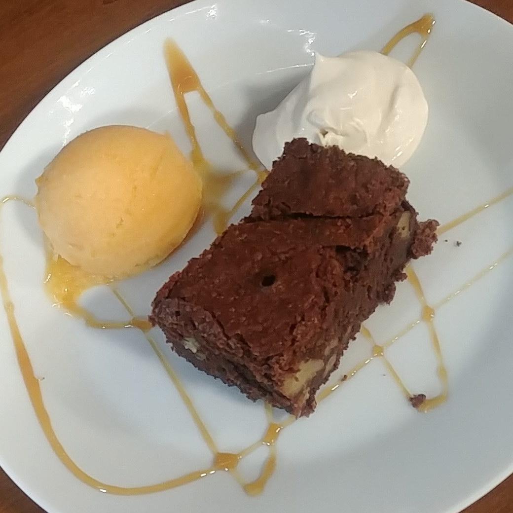 Restaurante Antigua Escuela del Bierzo Postre Brownie