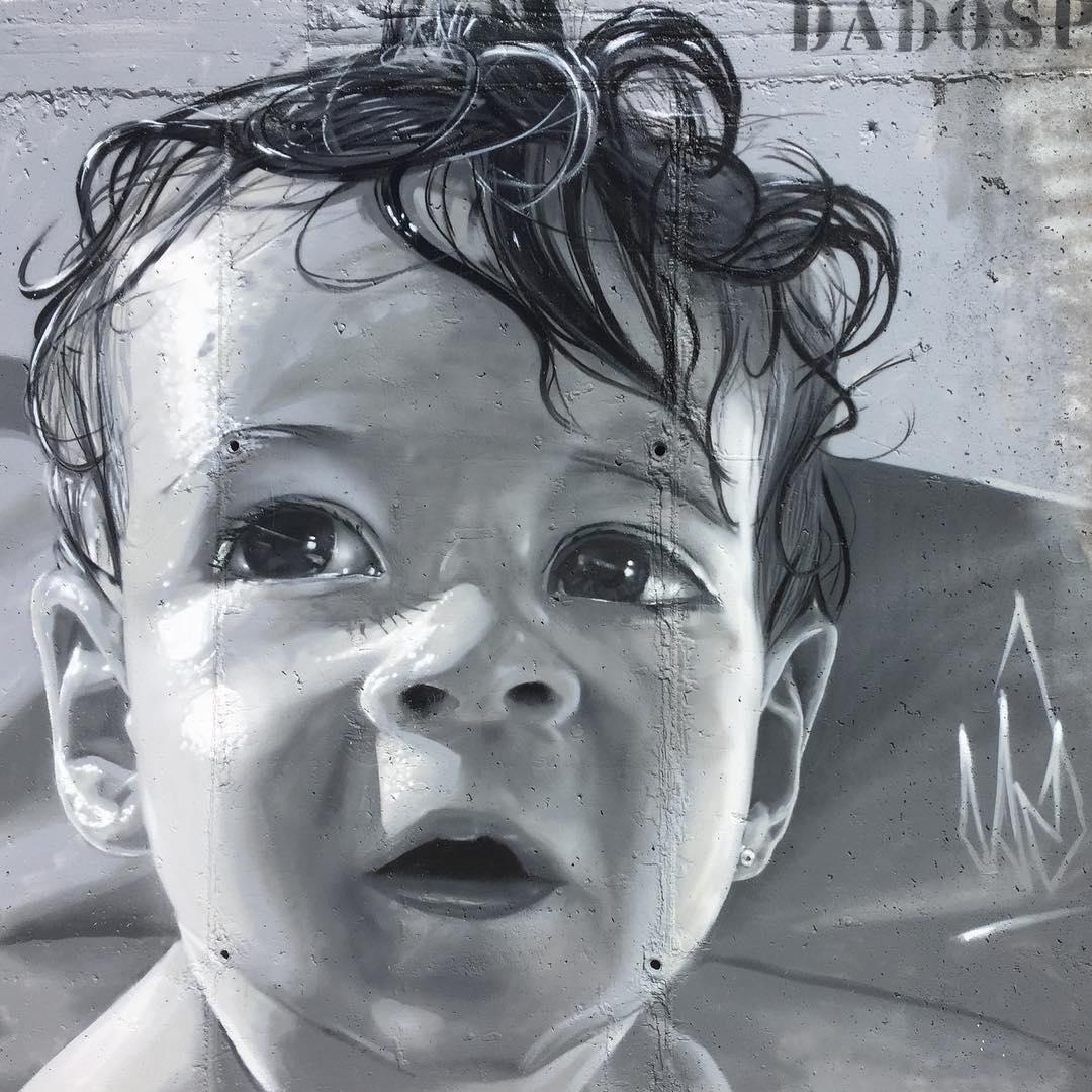 Grafiti de la Niña | Ruta de los Grafitis en El Bierzo | Espina de Tremor