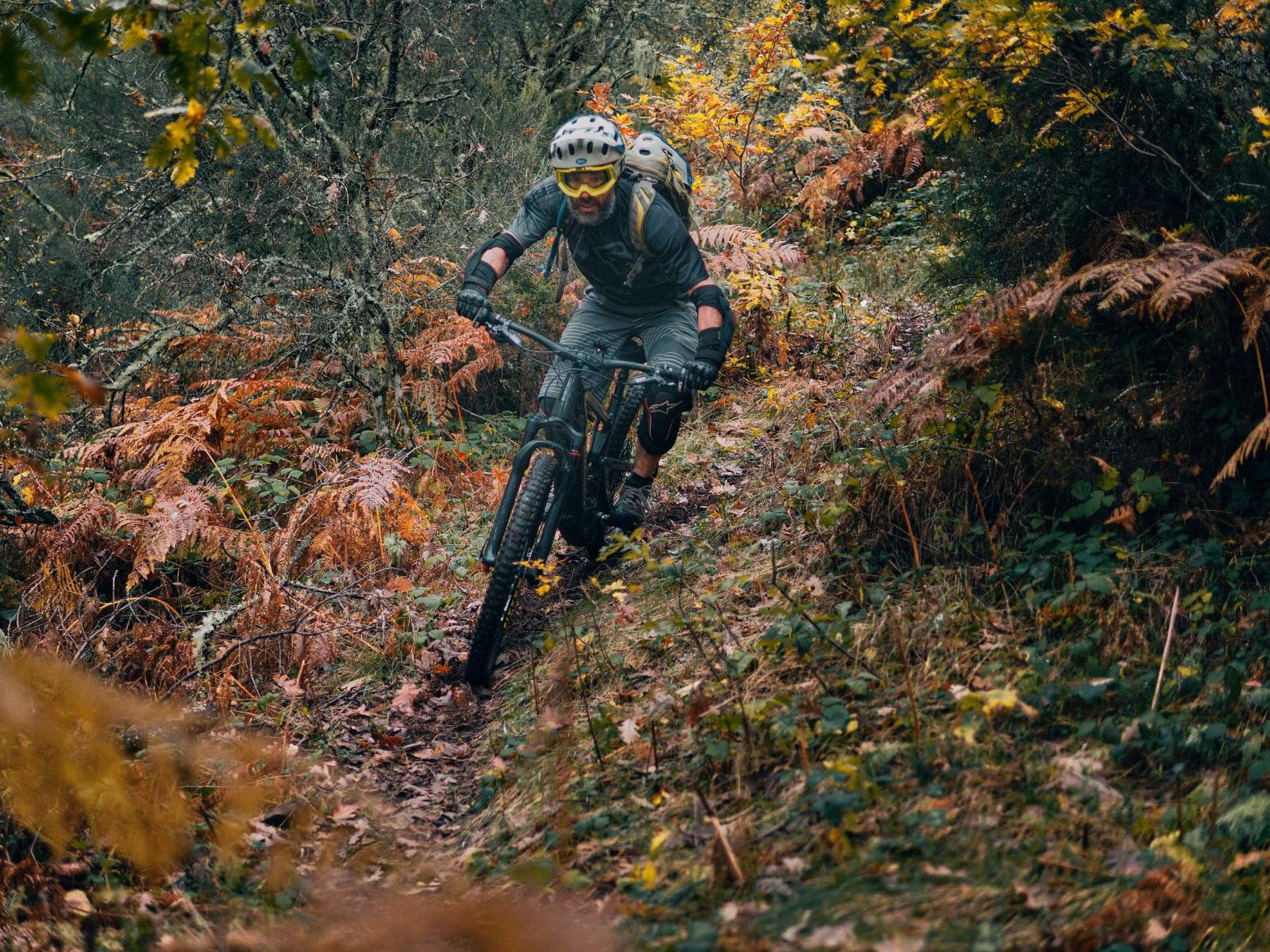 Alquiler de bicicletas eléctricas ebike mountain bike | Rutas de Enduro MTB en El Bierzo