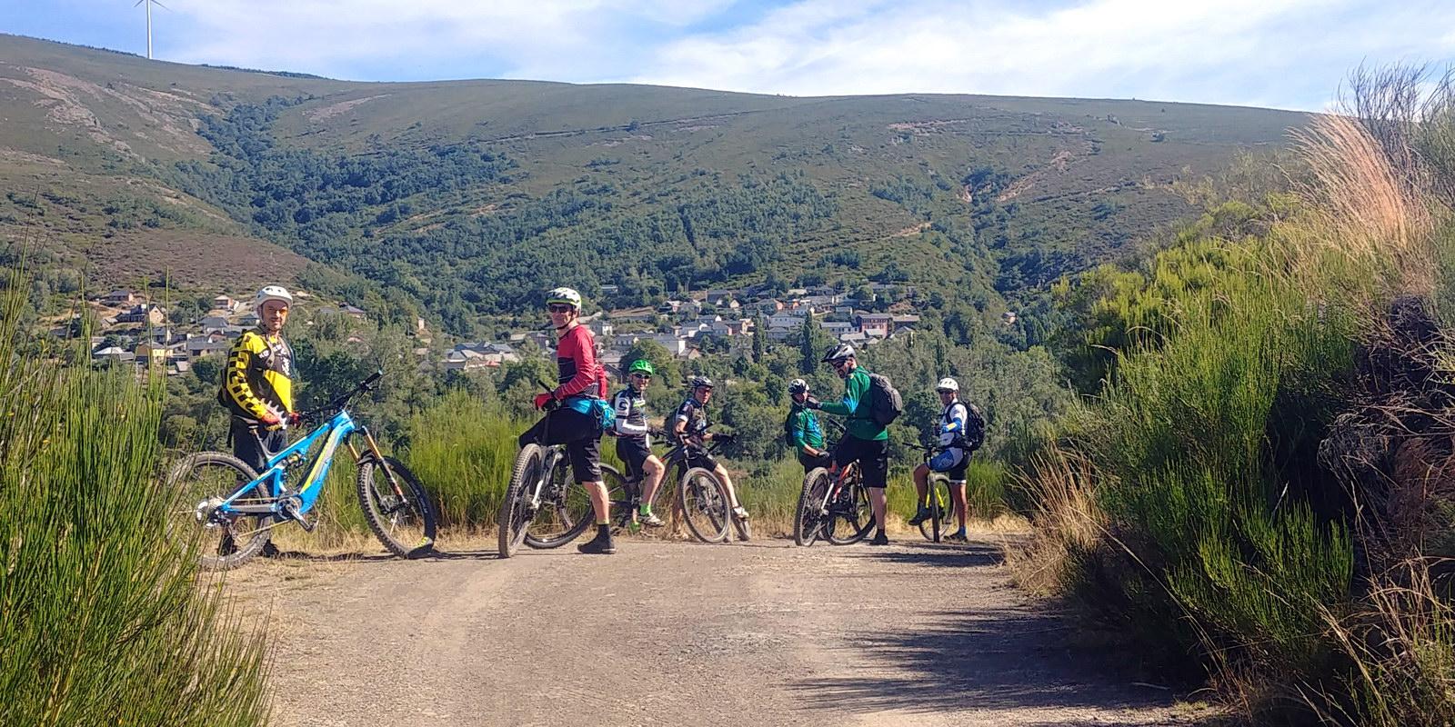 Alquiler de bicicletas eléctricas ebike mountain bike | Rutas fáciles para principiantes en El Bierzo