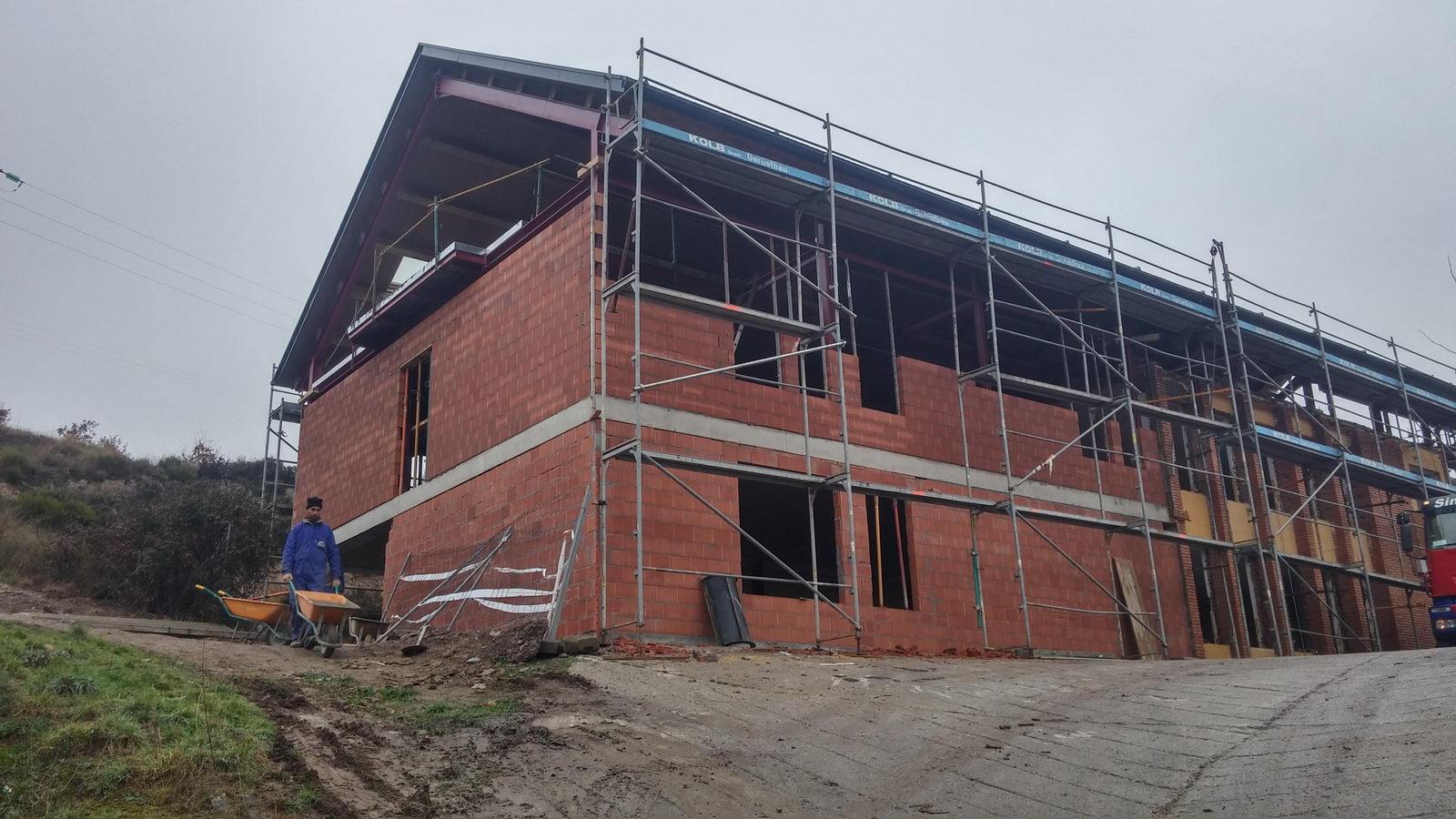 Antigua Escuela del Bierzo   Edificio nuevo cómo se rehabilitó   vista norte 2