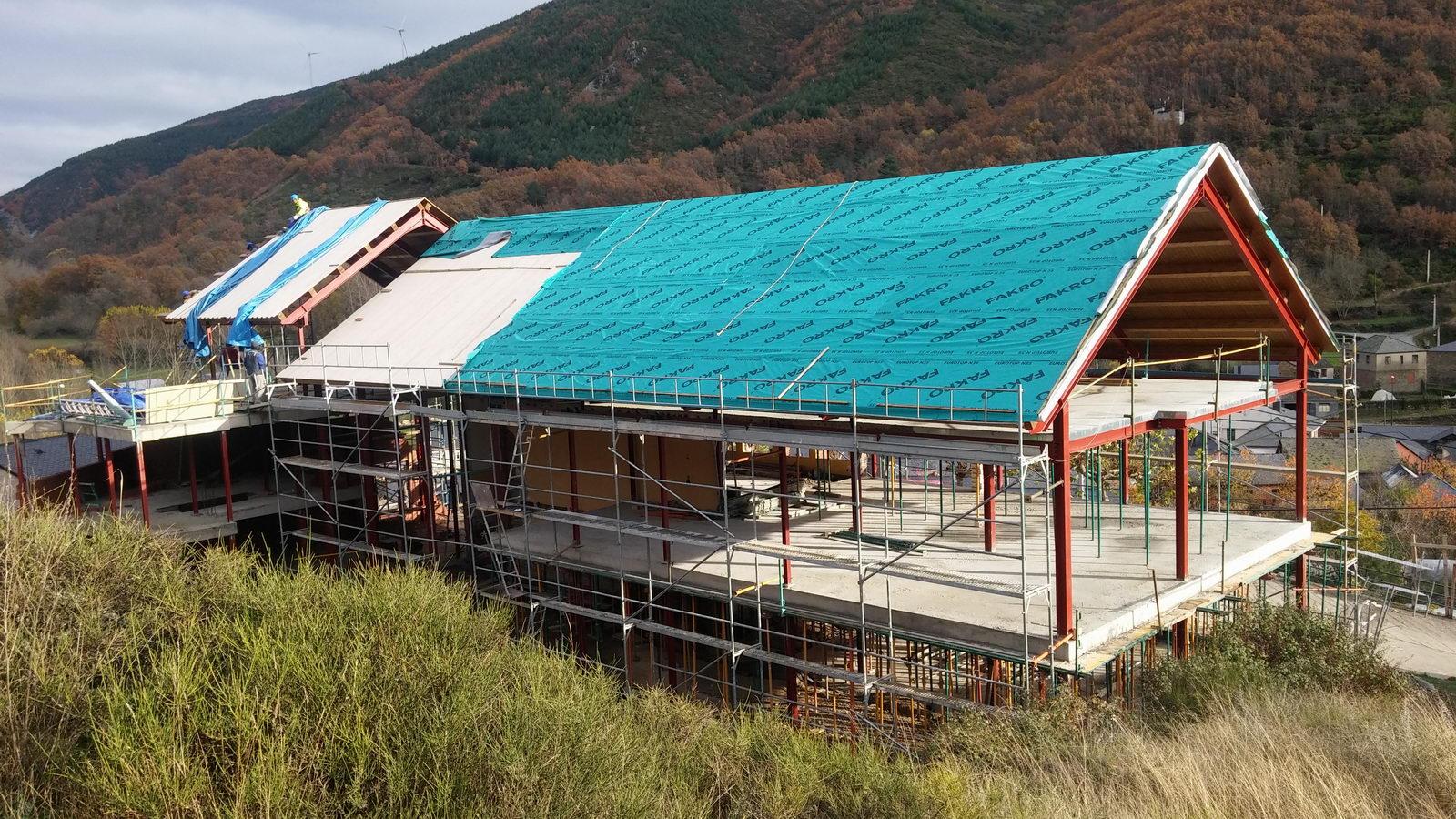 Antigua Escuela del Bierzo   Edificio nuevo cómo se rehabilitó   vista sur 3