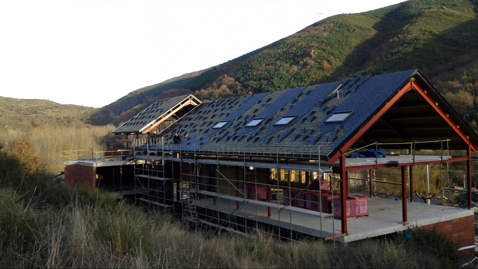 Antigua Escuela del Bierzo | Edificio nuevo cómo se rehabilitó | vista sur 4