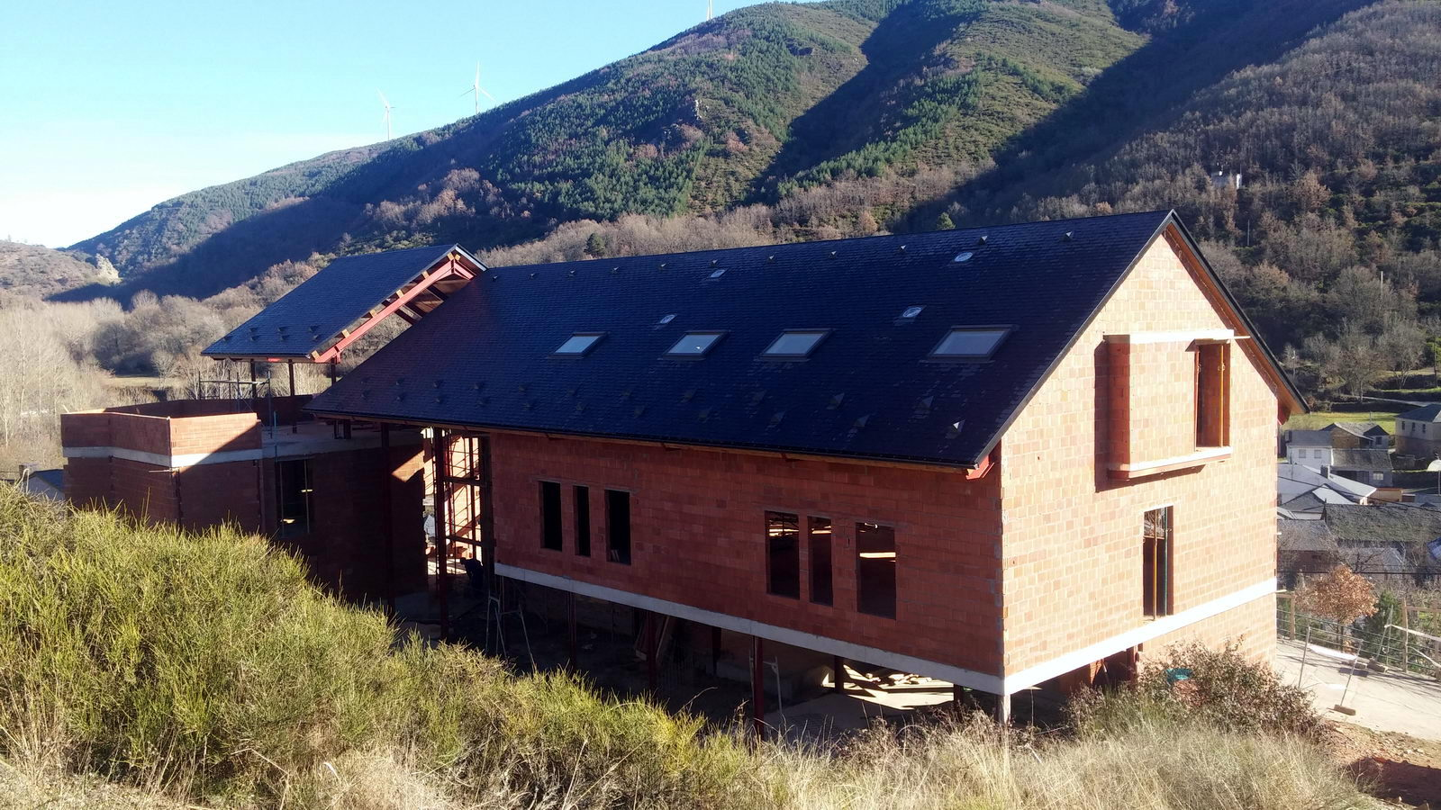 Antigua Escuela del Bierzo | Edificio nuevo cómo se rehabilitó | vista sur 6