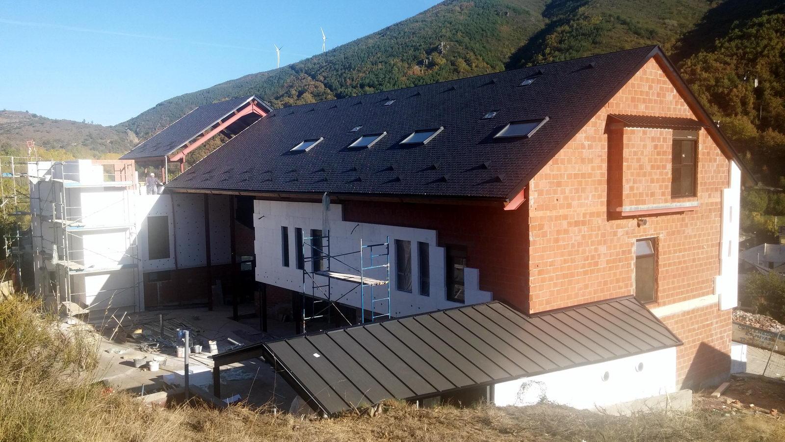 Antigua Escuela del Bierzo | Edificio nuevo cómo se rehabilitó | vista sur 8