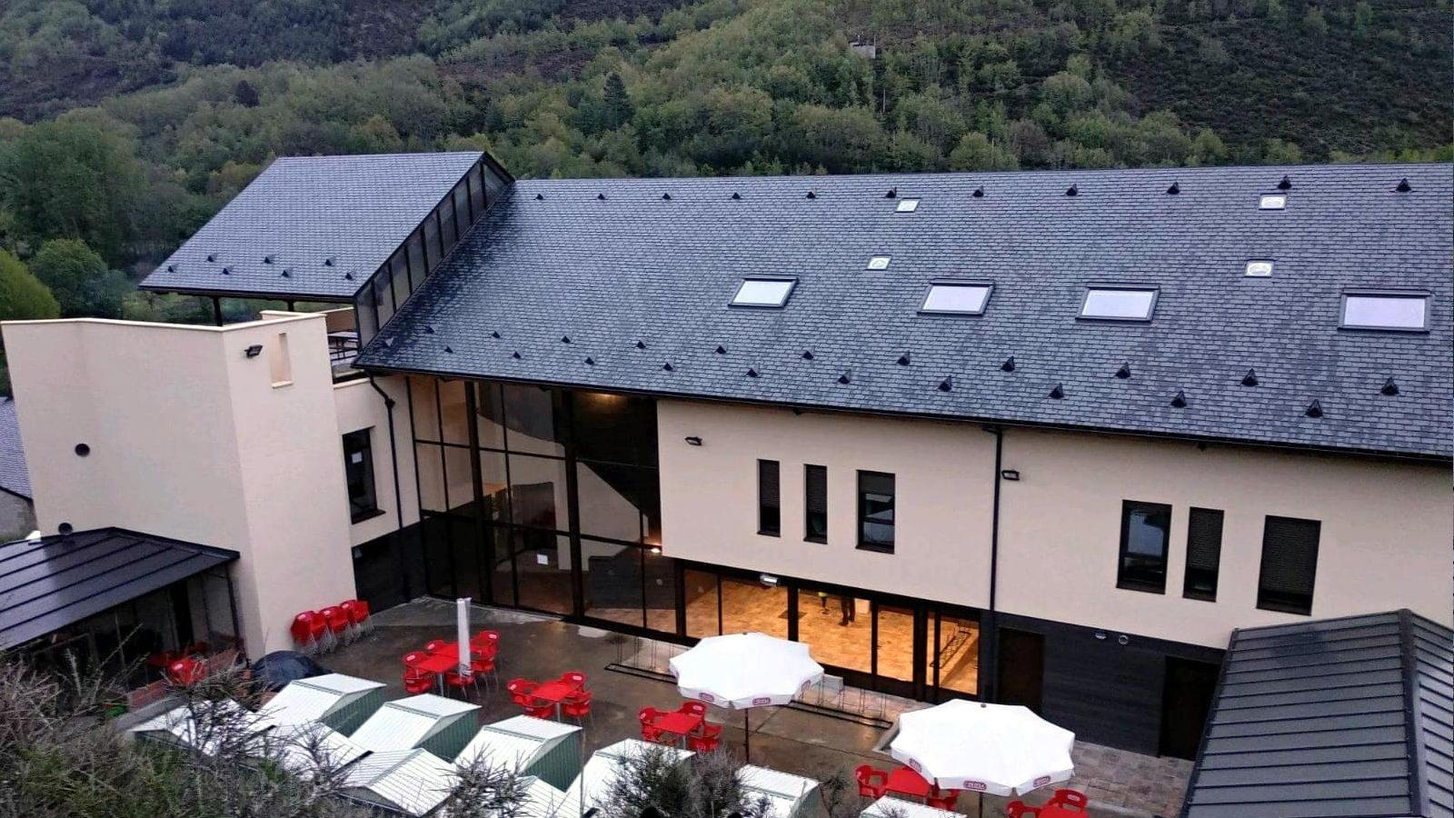 Antigua Escuela del Bierzo | Edificio nuevo cómo se rehabilitó | vista sur 9