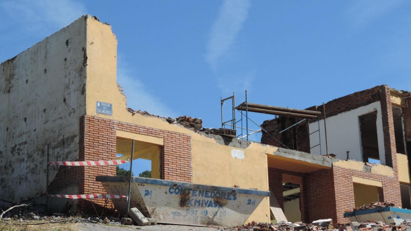 Antigua Escuela del Bierzo   Edificio histórico cómo se rehabilitó   vista norte
