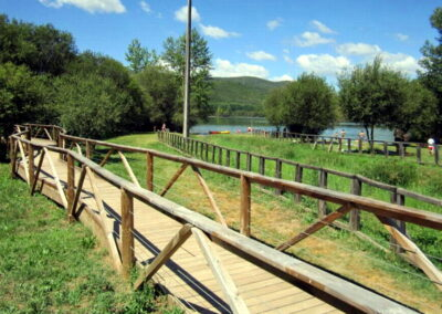 Lago de Carucedo | zona de recreo en El Bierzo