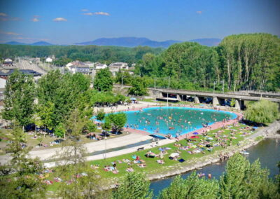Toral de los Vados | piscinas en El Bierzo